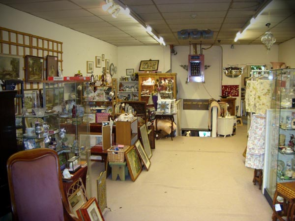 Antiques Derbyshire Matlock Antiques And Collectables
